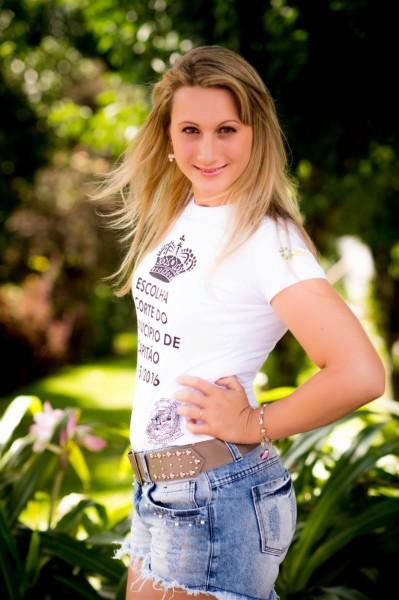 Elisangela Bianchin Dutra - 21 anos