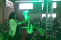 papai_noel_fez_a_alegria_dos_idosos_durante_o_baile-large